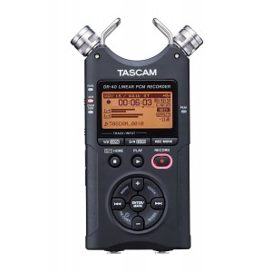 TASCAM DIGITAL RECORDER DR 40